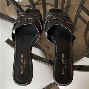 YSL Nu pied flat sandal tribute